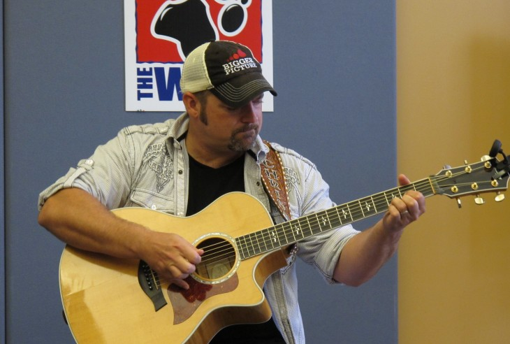Chris Cagle 99.5 Studio - CountryMusicRocks.net