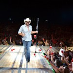 Toby Keith Red Solo Cup Live - CountryMusicRocks.net
