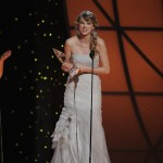 Taylor Swift CMA Award Win - CountryMusicRocks.net