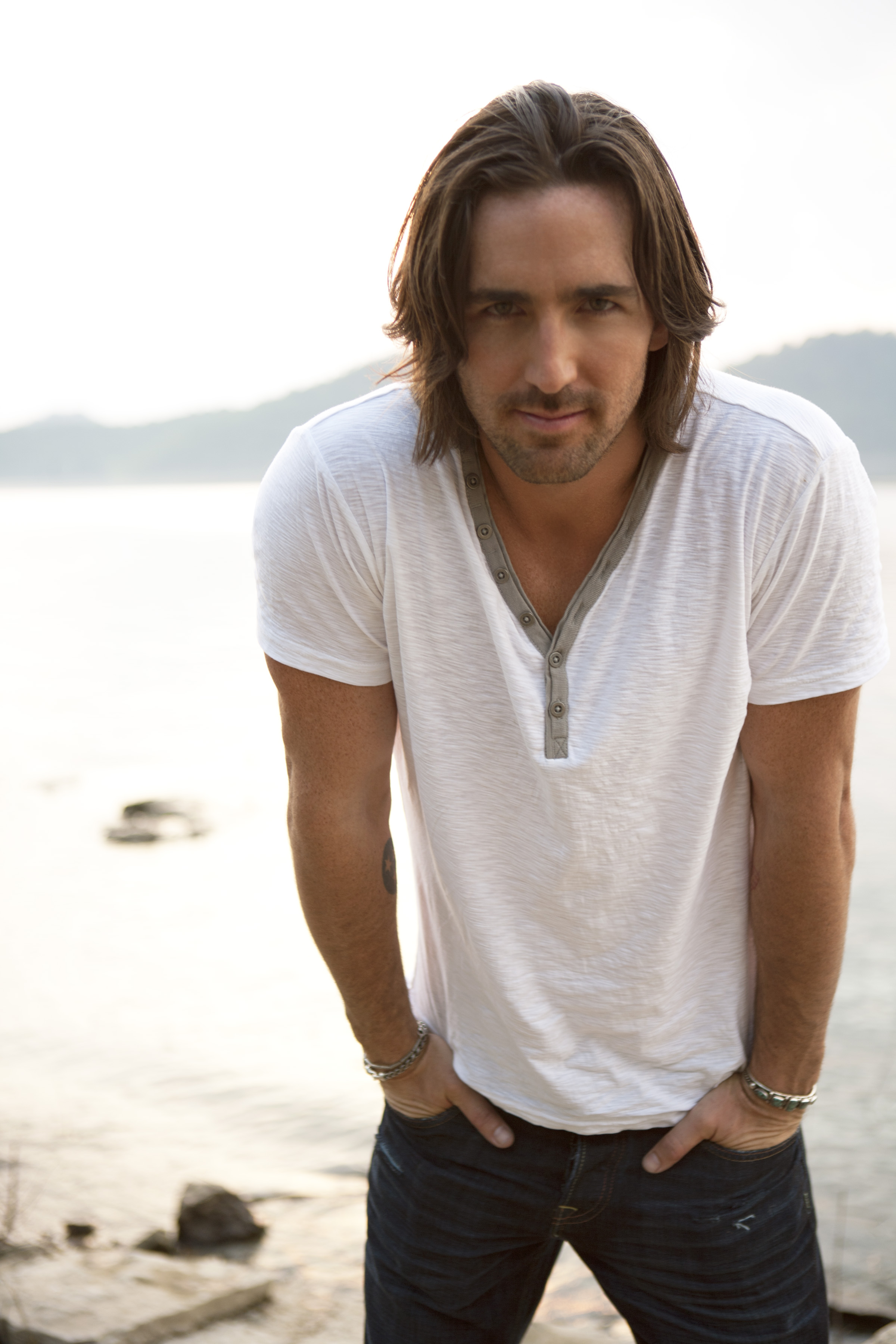 """owen singles Jake owen owen is an acm award jordan just released his debut single """"singles you up,"""" which continues to climb country radio's top 10."""