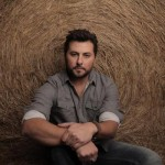 Tyler_Farr_CountryMusicRocks.net