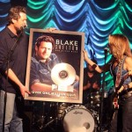 Blake Shelton Platinum Red River Blue Plaque - CountryMusicRocks.net