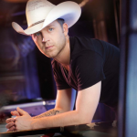 Justin_Moore_CountryMusicRocks.net