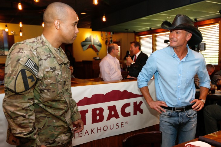 Tim McGraw Outback Steakhouse Memorial Day - CountryMusicRocks.net