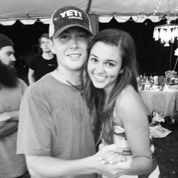 Scotty McCreery and Sadie Robertson