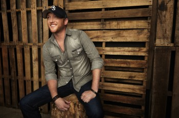 Cole_Swindell_CountryMusicRocks.net