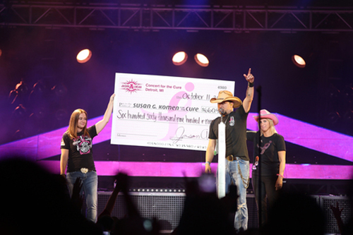 Photo L to R: Tina Binson (Komen Detroit Planning Committee member and sponsor), Aldean and Denise Stewart (survivor and Komen Southwest Michigan Development Director).