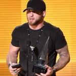 Brantley Gilbert American Music Awards 2014 - CountryMusicRocks.net
