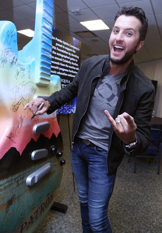 Luke-Bryan-Patron-CMA-Awards---CountryMusicRocks.net
