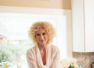 Kimberly Schlapman Oh Gussie Collection - CountryMusicRocks.net
